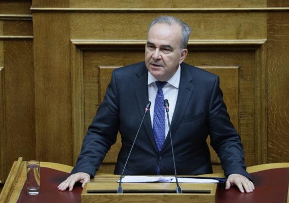 Σημεία συνέντευξης του Υφυπουργού Ανάπτυξης και Επενδύσεων, κ. Νίκου Παπαθανάση, στον REAL FM και τον δημοσιογράφο κ. Νίκο Χατζηνικολάου