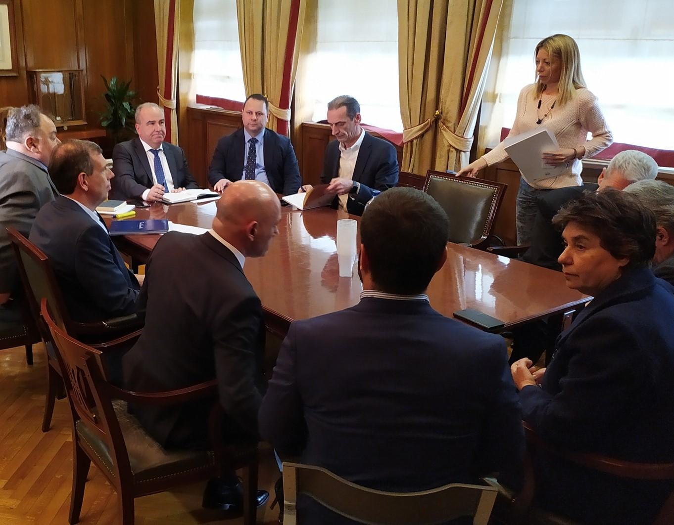 Σύσκεψη Υφυπουργού Ανάπτυξης & Επενδύσεων, κ. Ν. Παπαθανάση, με διευθυντικά στελέχη αλυσίδων Super Market