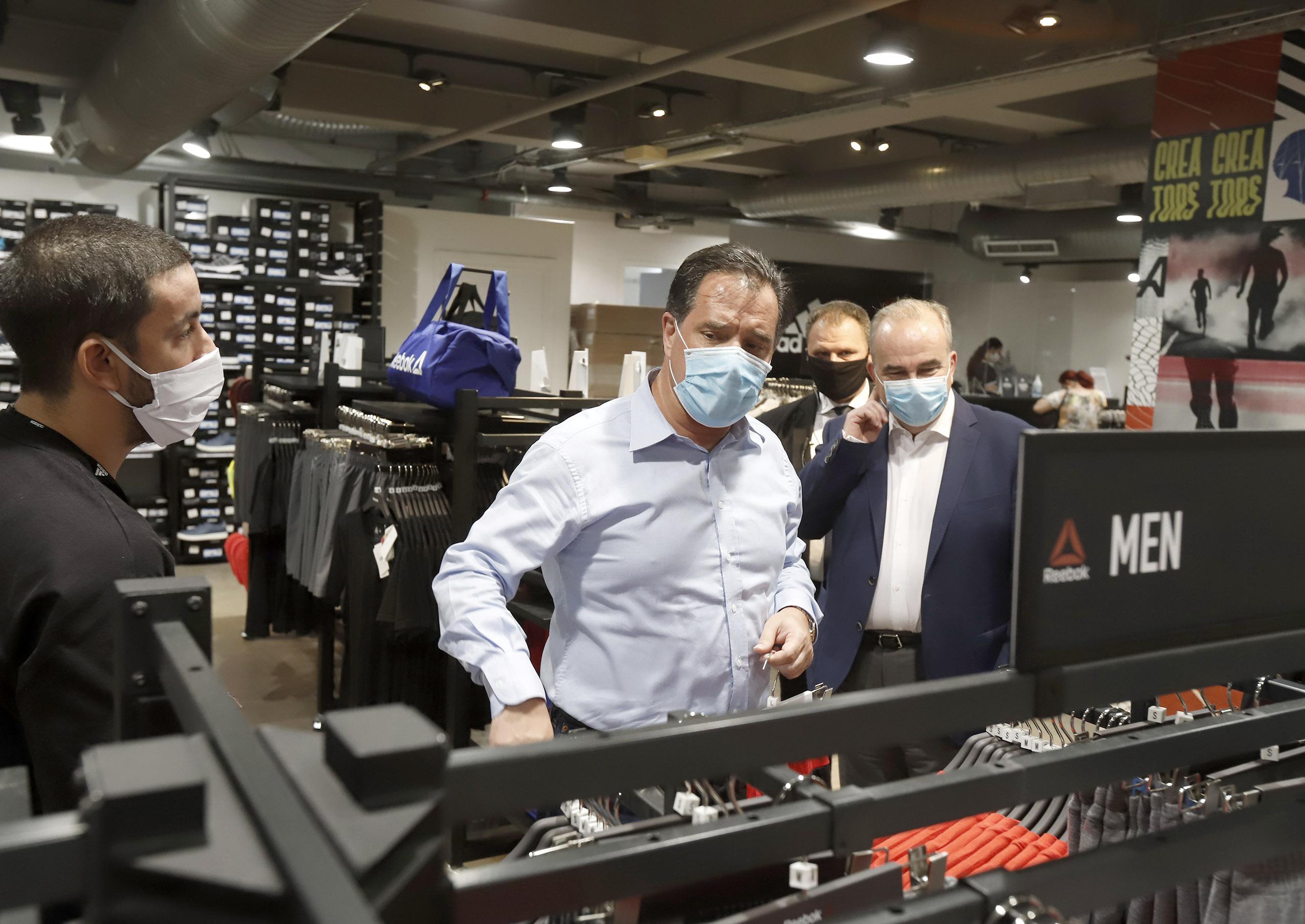 Αυτοψία του Υπουργού Ανάπτυξης & Επενδύσεων, κ. Άδωνι Γεωργιάδη και του Υφυπουργού, κ. Νίκου Παπαθανάση σε εμπορικό κέντρο της Αθήνας