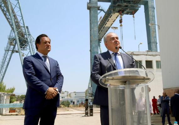 Στα Ναυπηγεία Ελευσίνας ο Υπουργός Ανάπτυξης & Επενδύσεων, κ. Άδωνις Γεωργιάδης, ο Υφυπουργός, κ. Νίκος Παπαθανάσης και ο Πρέσβης των ΗΠΑ, κ. Geoffrey Pyatt