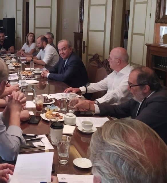 Ο Υφυπουργός Ανάπτυξης και Επενδύσεων κ. Νίκος Παπαθανάσης στην πρώτη συνεδρίαση του ΔΣ του Εμπορικού Συλλόγου Αθηνών