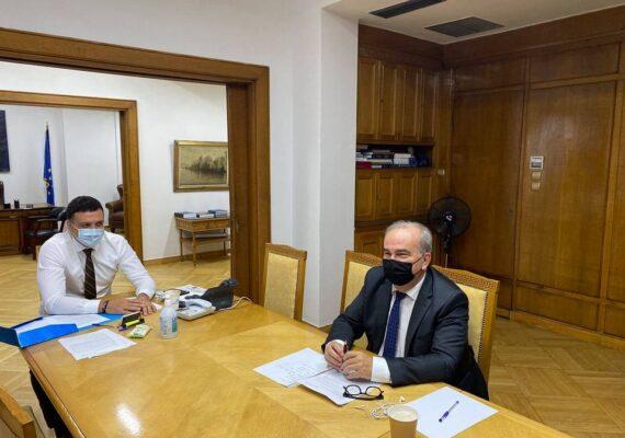 Συνάντηση του Αναπληρωτή Υπουργού Ανάπτυξης και Επενδύσεων, κ. Νίκου Παπαθανάση με τον Υπουργό Υγείας κ. Βασίλη Κικίλια