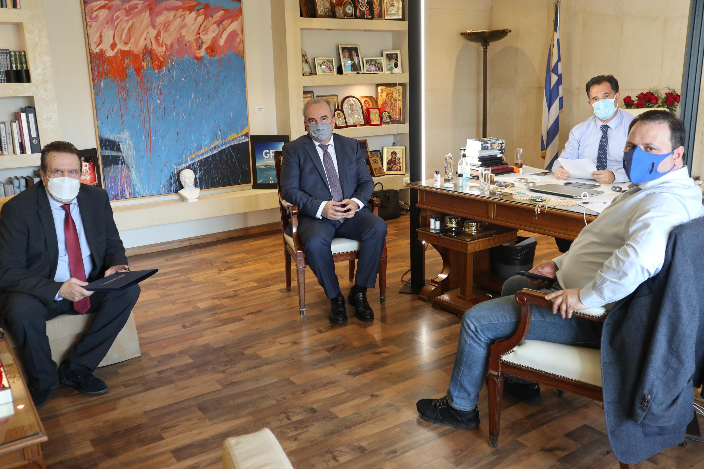 Συνάντηση με τον Πρόεδρο της ΕΣΕΕ κ. Γιώργο Καρανίκα