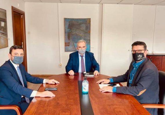 Συνάντηση του Αναπληρωτή Υπουργού Ανάπτυξης και Επενδύσεων κ. Νίκου Παπαθανάση με τον βουλευτή Ηλείας κ. Ανδρέα Νικολακόπουλο και τον Δήμαρχο Ανδραβίδας-Κυλλήνης κ. Γιάννη Λέντζα