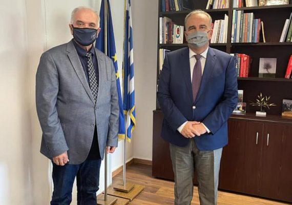 Ο Νίκος Παπαθανάσης, Αναπληρωτής Υπουργός Ανάπτυξης και Επενδύσεων, συναντήθηκε με τον Δήμαρχο της Ιεράς Πόλεως Μεσολογγίου Κώστα Λύρο