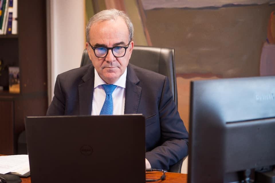Ο Νίκος Παπαθανάσης, Αναπληρωτής Υπουργός Ανάπτυξης και Επενδύσεων, συμμετείχε σε τηλεδιάσκεψη του Επαγγελματικού Επιμελητηρίου Αθηνών