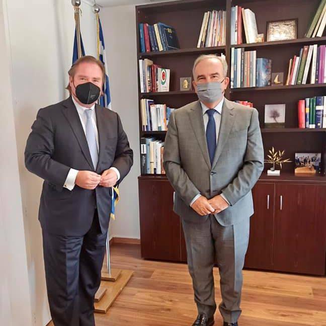 Ο Νίκος Παπαθανάσης, Αναπληρωτής Υπουργός Ανάπτυξης και Επενδύσεων, συναντήθηκε με τον Υπουργό Οικονομικών Βορείου Ρηνανίας-Βεστφαλίας