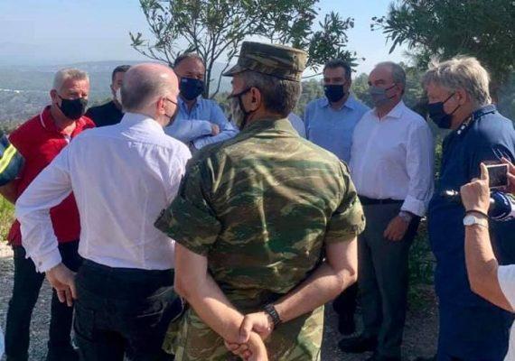 Ο Νίκος Παπαθανάσης, Αναπληρωτής Υπουργός Ανάπτυξης και Επενδύσεων, στη Ρόδο και τις περιοχές που έπληξε η πυρκαγιά