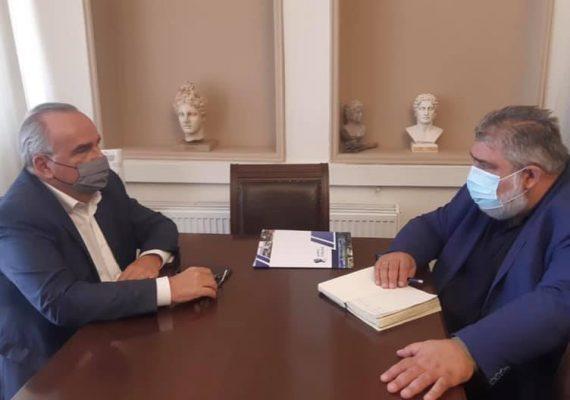 Ο Νίκος Παπαθανάσης, Αναπληρωτής Υπουργός Ανάπτυξης και Επενδύσεων, συναντήθηκε με τον Παναγιώτη Πλακεντά, Δήμαρχο Εορδαίας