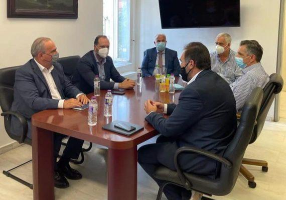 Ο Νίκος Παπαθανάσης, Αναπληρωτής Υπουργός Ανάπτυξης και Επενδύσεων συναντήθηκε με τον Βασίλειο Γιαννάκη, Δήμαρχο Φλώρινας