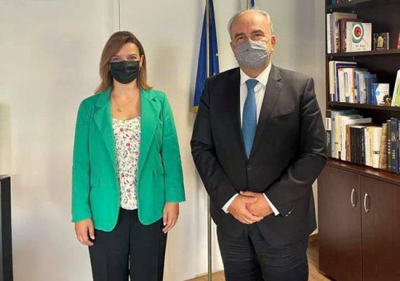 Ο Νίκος Παπαθανάσης, Αναπληρωτής Υπουργός Ανάπτυξης και Επενδύσεων συναντήθηκε με την Βουλευτή ΝΔ Ιωαννίνων Μαρία-Αλεξάνδρα Κεφάλα