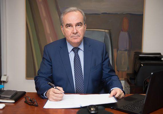 Ο Νίκος Παπαθανάσης, Αναπληρωτής Υπουργός Ανάπτυξης και Επενδύσεων, στην εφημερίδα Ναυτεμπορική